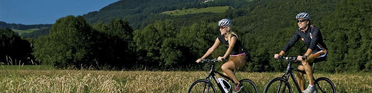 Fahrradfahrer breit