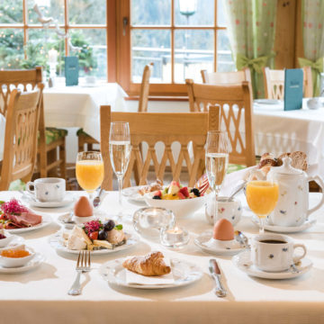 Frühstück im Gut Berg