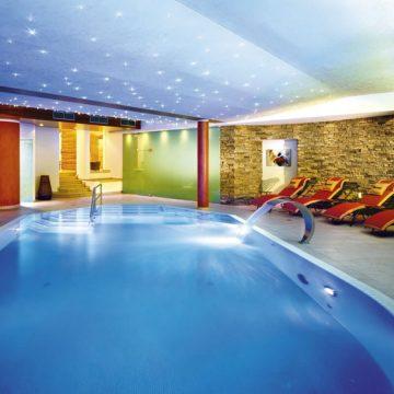Indoor Schwimmbereich Gut Berg