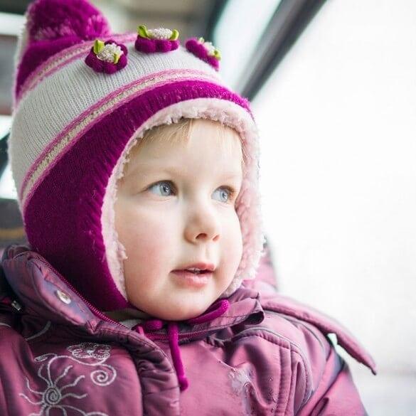 Kind mit Wintermütze